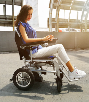 Airwheel H3Mini electric wheelchair